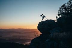 Lever de soleil dans les montagnes Images stock