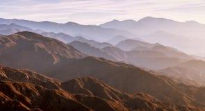 Lever de soleil dans les montagnes de la Californie image libre de droits