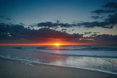 Lever de soleil dans Pinamar, Argentine photo libre de droits