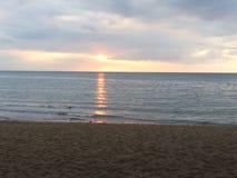 Lever de soleil dans Sanur Photo stock