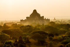 Lever de soleil de Bagan photo libre de droits