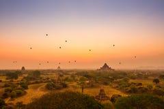 Lever de soleil de Bagan image libre de droits