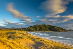 Lever de soleil de baie de Waikawau photographie stock