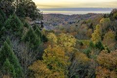 Lever de soleil de collines de Hocking en Ohio en automne Images stock