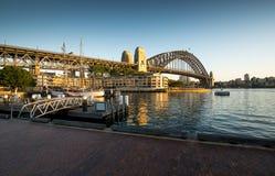 Lever de soleil de début de la matinée de pont de port de Sydney Photos libres de droits