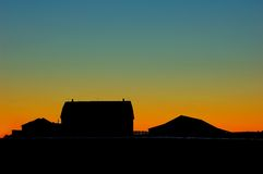 Lever de soleil de ferme photographie stock libre de droits