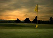 Lever de soleil de golf image libre de droits