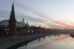 Lever de soleil de Kremlin image libre de droits