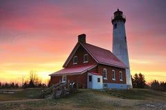 Lever de soleil de l'hiver de phare de point de Tawas Photographie stock libre de droits