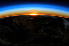 Lever de soleil de la terre Image stock