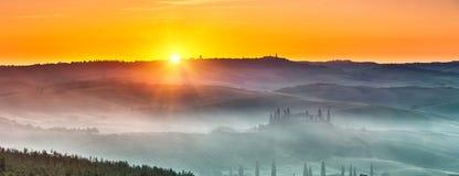 Lever de soleil de la Toscane Photographie stock libre de droits