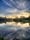Lever de soleil de lac mirror Photo libre de droits