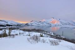 Lever de soleil de lac Vatterfjordpollen Images stock