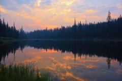 Lever de soleil de Martin Lake Images libres de droits