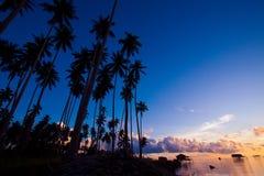 Lever de soleil de matin chez Maiga Islandof Sabah, Bornéo. image libre de droits