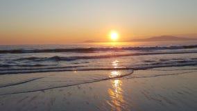 Lever de soleil de mer dans Burgas Photographie stock