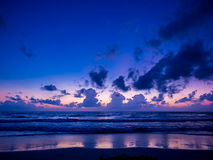 Lever de soleil de mer en île de Koh Samui Images libres de droits
