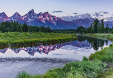 Lever de soleil de montagne au-dessus de la rivière Snake images libres de droits
