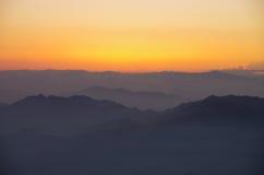 Lever de soleil de montagne de Huangshan Photos stock