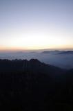 Lever de soleil de montagne de Huangshan Photographie stock libre de droits