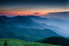 Lever de soleil de montagne de WuGong Photographie stock libre de droits