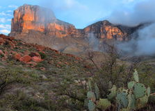 Lever de soleil de montagnes de Guadalupe photo libre de droits