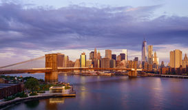 Lever de soleil de New York City photos stock