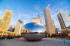Lever de soleil de porte de nuage de Chicago Image libre de droits