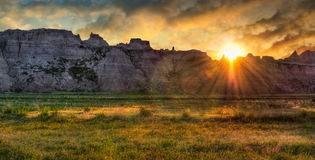 Lever de soleil de prairie de bad-lands Photo stock