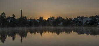 Lever de soleil de ressort dans la ville de Dacice Photographie stock libre de droits