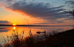 Lever de soleil de rivière photo stock