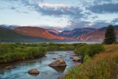 Lever de soleil de Rocky Mountain National Park sur le parc de moraine et le grand Tho Photo libre de droits