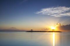 Lever de soleil de Sanur, île de Bali de l'Indonésie Photographie stock libre de droits
