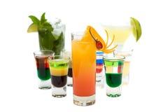 Lever de soleil de Tequila sur le backgro brouillé de cocktails Photo libre de droits