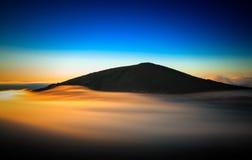 Lever de soleil de volcan Photos stock