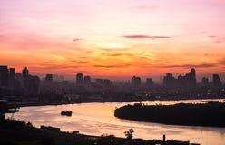Lever de soleil de vue de rivière le beau matin Images stock