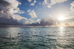 Lever de soleil des Caraïbes Images stock