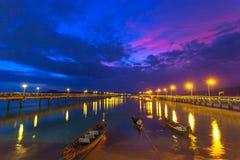 Lever de soleil doux au pilier de Chalong photo stock