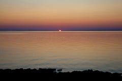 Lever de soleil dramatique sur le lac Huron, Canada Image stock