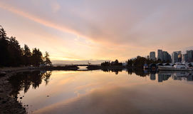 Lever de soleil du centre de Vancouver Photographie stock libre de droits