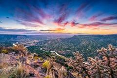 Lever de soleil du Nouveau Mexique au-dessus de Rio Grande River Images libres de droits