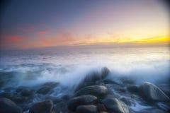 Lever de soleil en dehors de des cairns, Australie Image libre de droits