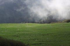 Lever de soleil en Himalaya photographie stock libre de droits