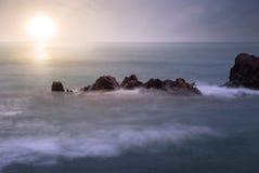 Lever de soleil en mer Images libres de droits