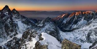 Lever de soleil en montagne Images libres de droits