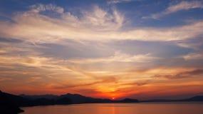 Lever de soleil et cloudscape Image stock