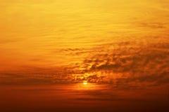 Lever de soleil et nuage orange Photo stock