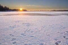 Lever de soleil froid Photo stock
