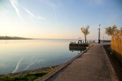 Lever de soleil gentil chez le Lac Balaton photo libre de droits