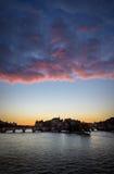Lever de soleil, Ile de la Cite et Pont Neuf, Paris, France photos libres de droits